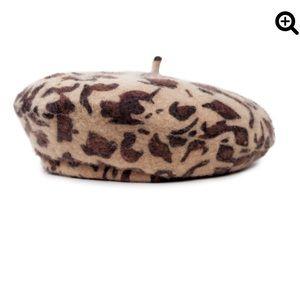 Britton leopard beret